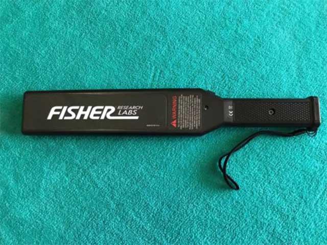 فلزیاب امنیتی FISHER CW-10 محصول کشور آمریکا